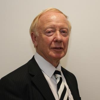 Photo of Councillor Roger Sutcliffe